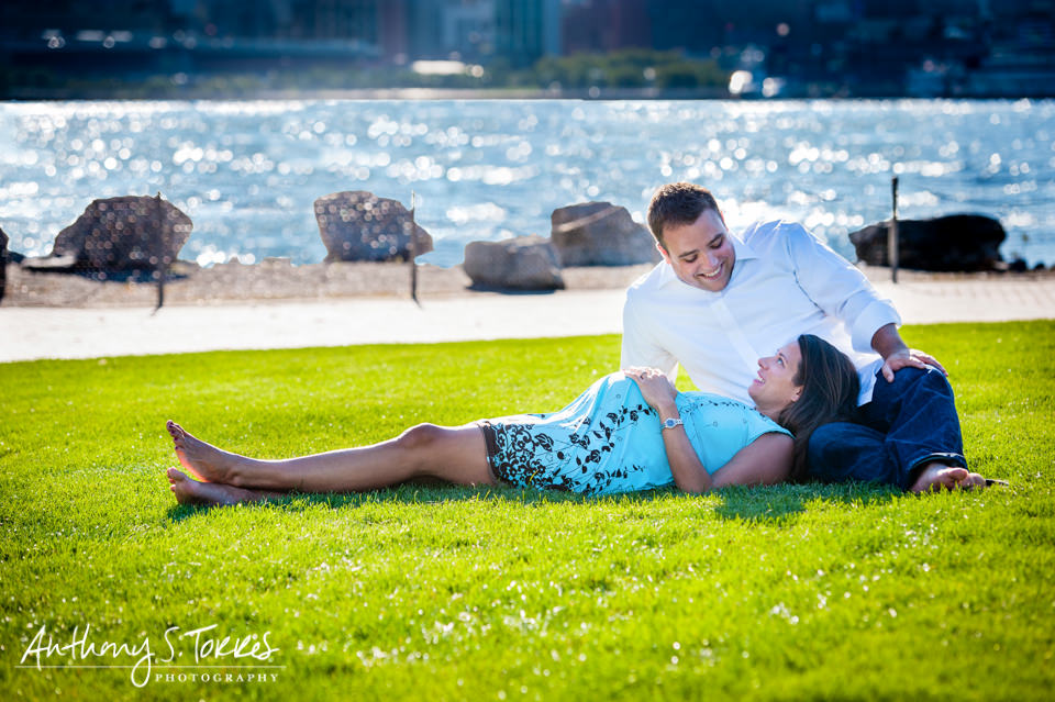 Maternity Photos - Hoboken NJ - Relaxing by the Water
